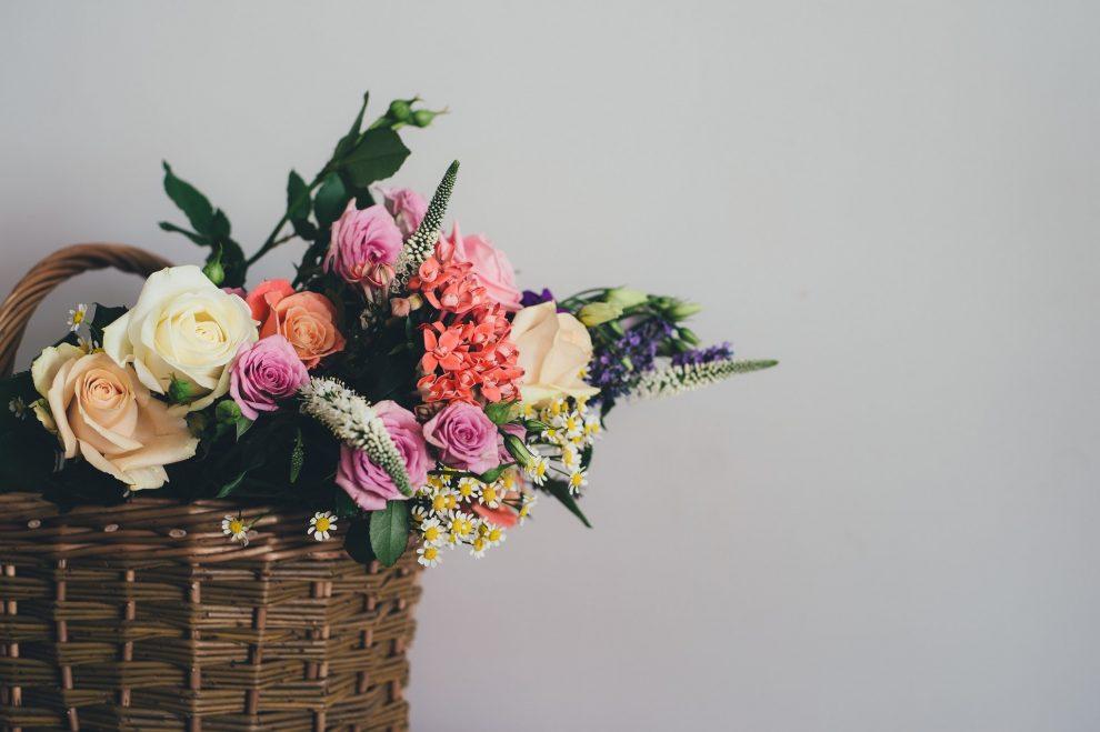 Gėlių pristatymas į namus ir gėlių nauda
