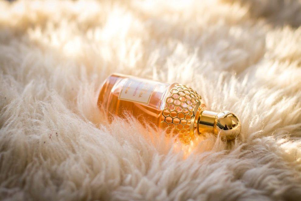 Feromonai naudojami kvepaluose